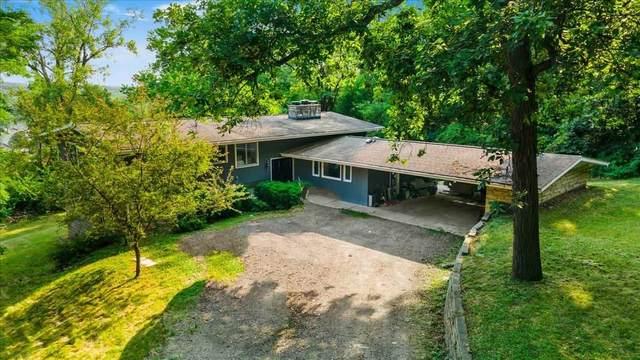 5 Woodland Mounds Rd, Iowa City, IA 52245 (MLS #202104363) :: Lepic Elite Home Team