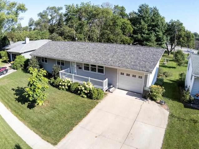 1628 Hollywood Blvd, Iowa City, IA 52240 (MLS #202104490) :: Lepic Elite Home Team