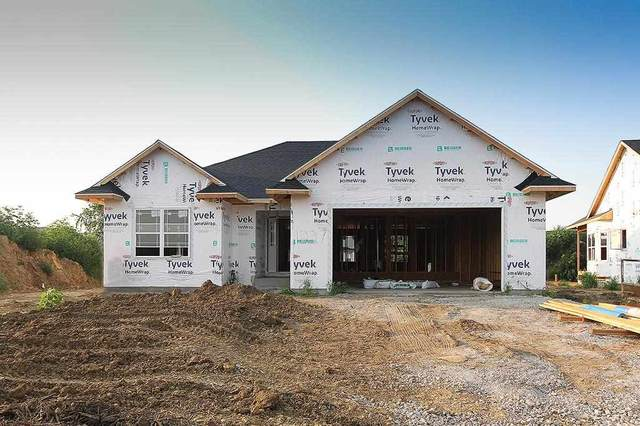 1227 Sand Prairie Dr, Iowa City, IA 52240 (MLS #202104641) :: Lepic Elite Home Team