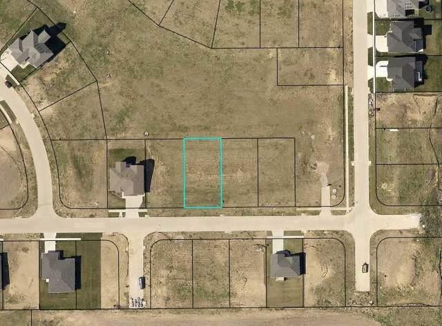 4224 Barbaro Ave, Iowa City, IA 52240 (MLS #202104665) :: Lepic Elite Home Team