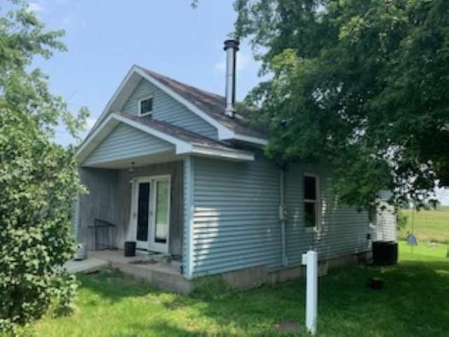 3294 Redwood Ave, Wayland, IA 52654 (MLS #202104759) :: Lepic Elite Home Team