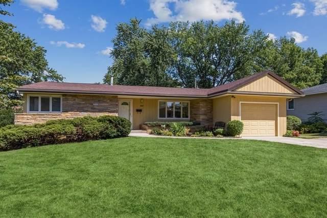 1818 Ridgeway Dr., Iowa City, IA 52245 (MLS #202104853) :: Lepic Elite Home Team