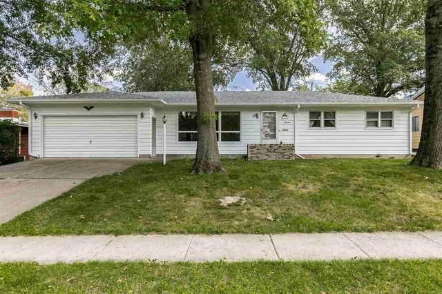 1416 Oaklawn Ave, Iowa City, IA 52245 (MLS #202105074) :: Lepic Elite Home Team