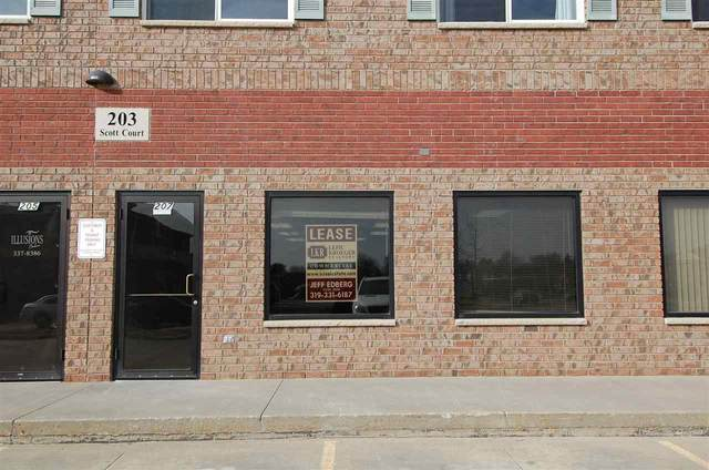 207 Scott Ct, Iowa City, IA 52245 (MLS #202105315) :: Lepic Elite Home Team
