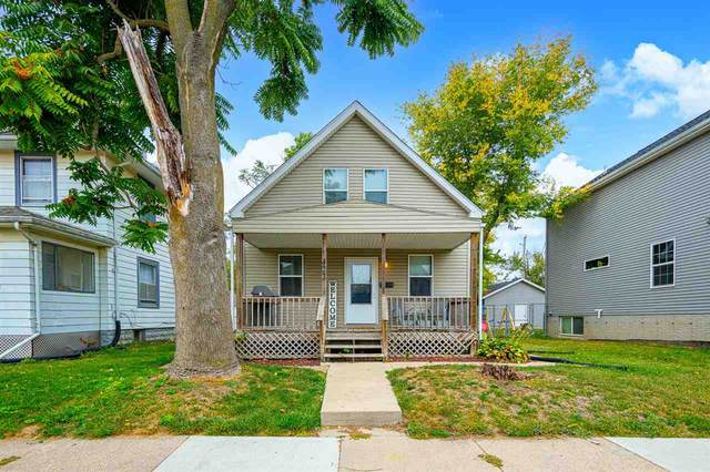 422 8th Ave Sw, Cedar Rapids, IA 52404 (MLS #202105472) :: The Johnson Team
