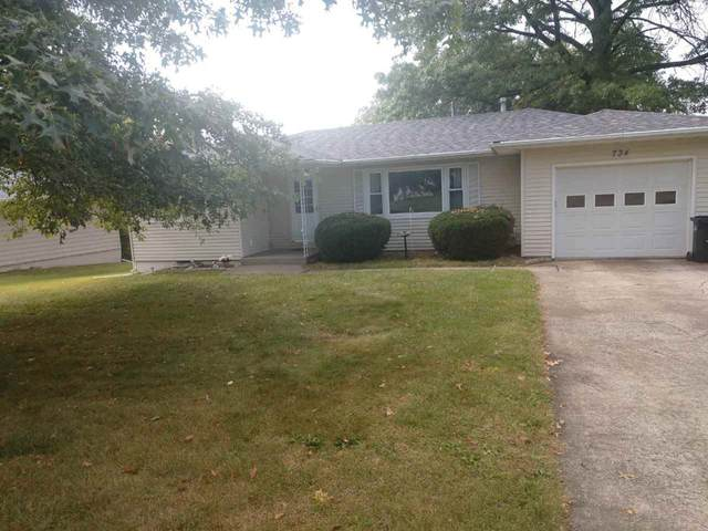 734 13th Ave, Coralville, IA 52241 (MLS #202105567) :: The Johnson Team