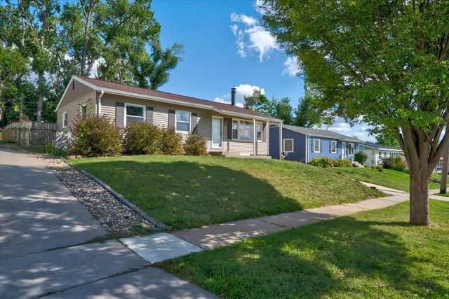821 Cheyenne Rd Nw, Cedar Rapids, IA 52405 (MLS #202105584) :: The Johnson Team