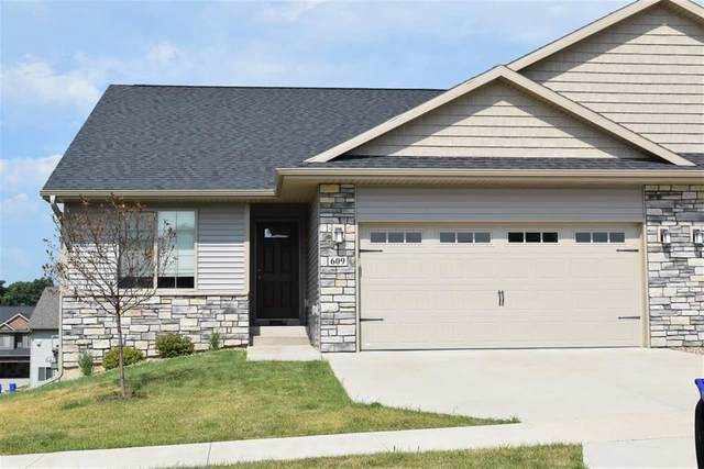 1009 Creekside Drive, Tiffin, IA 52340 (MLS #202002249) :: The Johnson Team