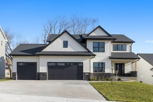 2925 Pine Hill Trace, Coralville, IA 52241 (MLS #202003826) :: Lepic Elite Home Team