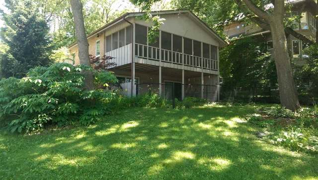 1035 River St, Iowa City, IA 52246 (MLS #202003979) :: Lepic Elite Home Team