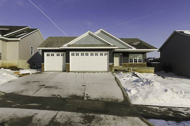2950 Wagon Wheel Dr, Iowa City, IA 52240 (MLS #202100533) :: The Johnson Team