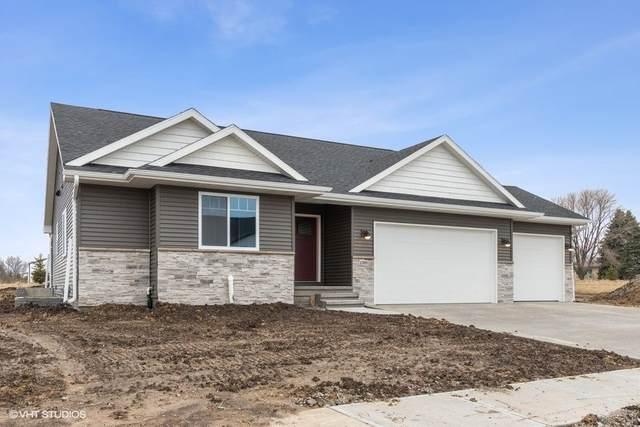 4489 Luke Dr., Iowa City, IA 52246 (MLS #202100639) :: Lepic Elite Home Team