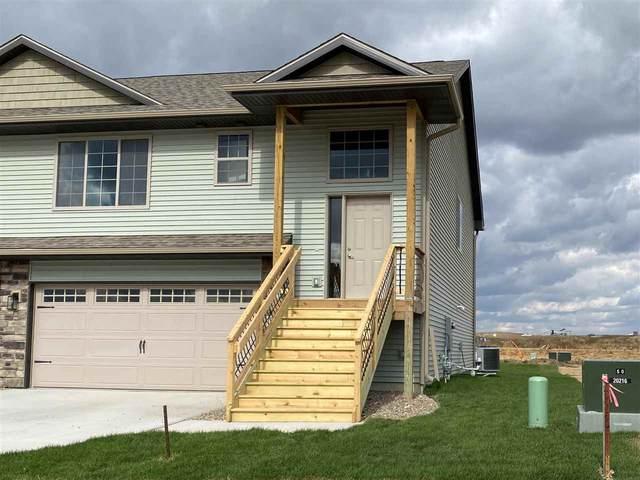 1016 Creekside Drive, Tiffin, IA 52340 (MLS #202100898) :: Lepic Elite Home Team