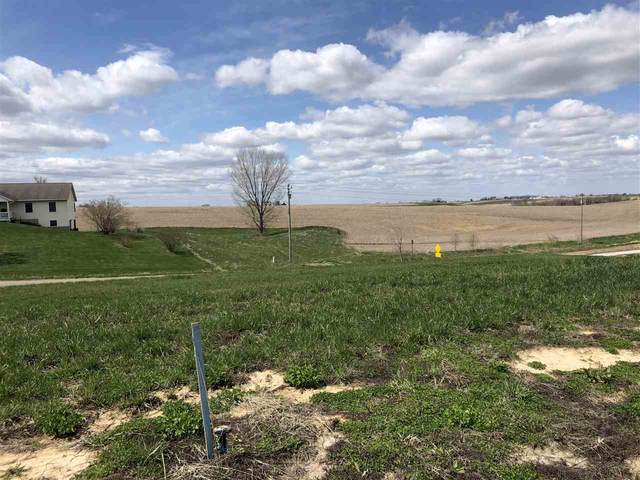 6/8 Lazy Brook Drive, West Branch, IA 52358 (MLS #202102334) :: The Johnson Team