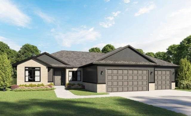 711 Cedar Bend Dr, Solon, IA 52333 (MLS #202103058) :: Lepic Elite Home Team