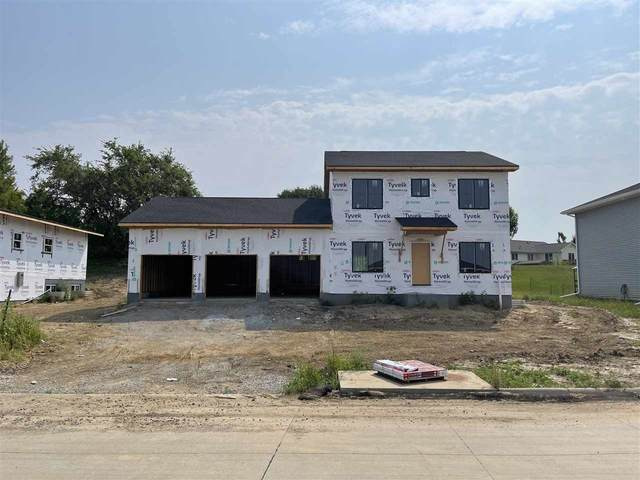 562 Fawn Ave, Tiffin, IA 52340 (MLS #202104563) :: Lepic Elite Home Team
