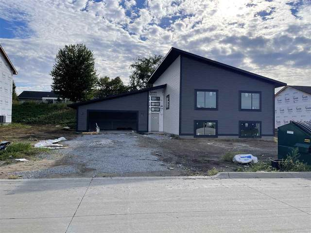 564 Fawn Ave, Tiffin, IA 52340 (MLS #202104565) :: Lepic Elite Home Team