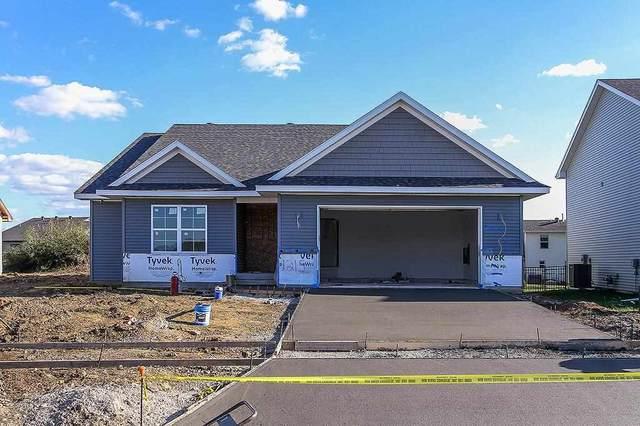 1215 Sand Prairie Dr, Iowa City, IA 52240 (MLS #202104640) :: Lepic Elite Home Team