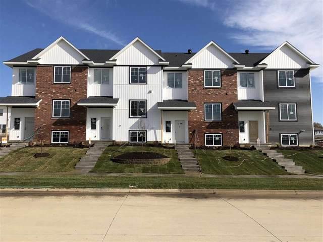 1054 Dubs Dr, Iowa City, IA 52246 (MLS #202001510) :: Lepic Elite Home Team