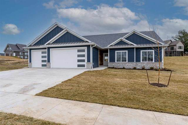 211 Dawson Dr., West Branch, IA 52358 (MLS #202007063) :: The Johnson Team