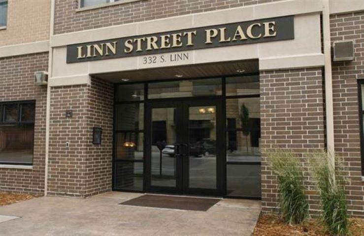 332 Linn St. #10 - Photo 1