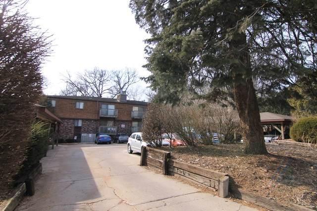 221 River St #11, Iowa City, IA 52246 (MLS #202001169) :: The Johnson Team