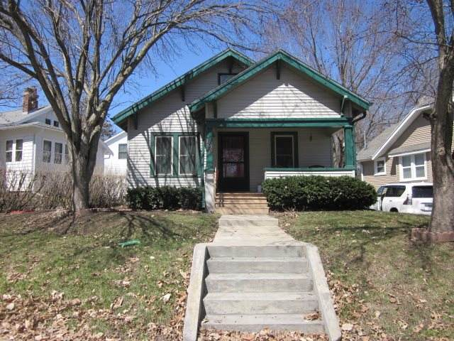 108 Highland Dr, Iowa City, IA 52246 (MLS #202001523) :: The Johnson Team