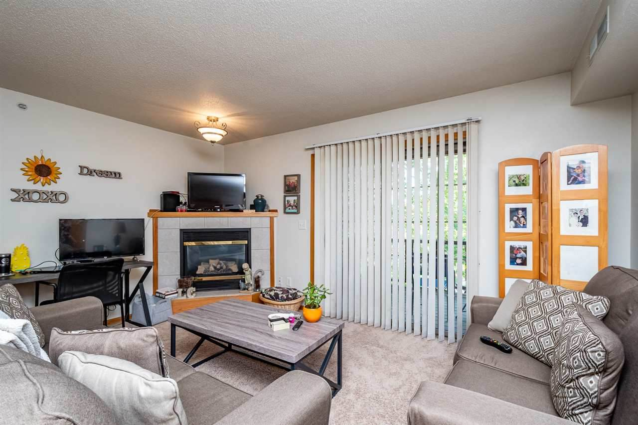 2873 Coral Ct - Photo 1