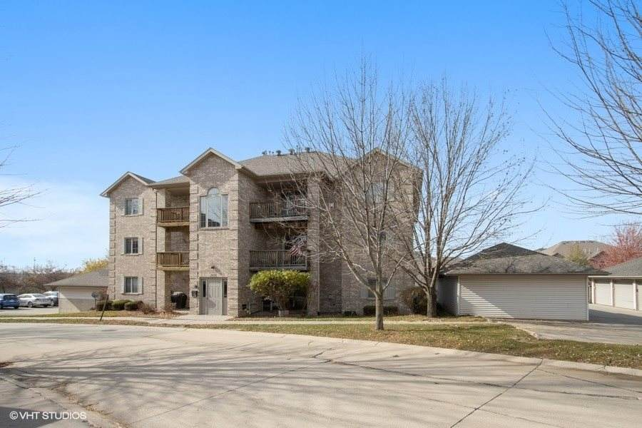2875 Coral Ct - Photo 1