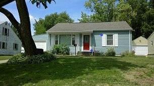 1660 29th St Ne, Cedar Rapids, IA 52402 (MLS #202006840) :: The Johnson Team