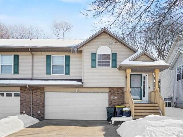 2322 Catskill Court, Iowa City, IA 52245 (MLS #202100308) :: Lepic Elite Home Team