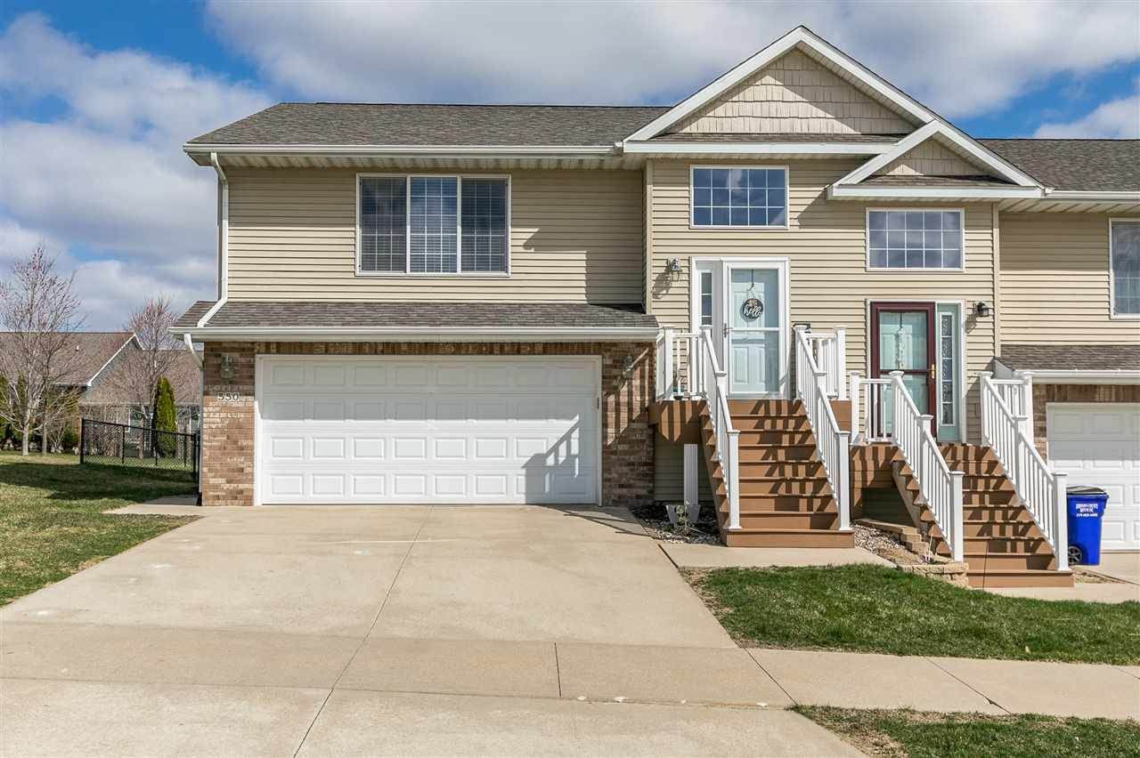 550 Goldfinch Dr - Photo 1