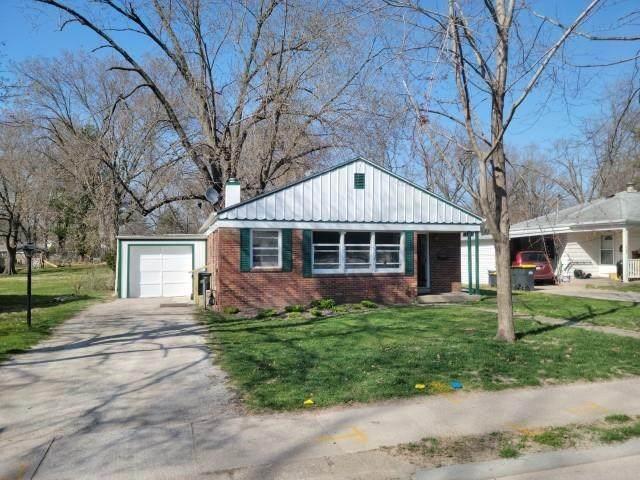 1716 E Court St, Iowa City, IA 52245 (MLS #202102975) :: The Johnson Team