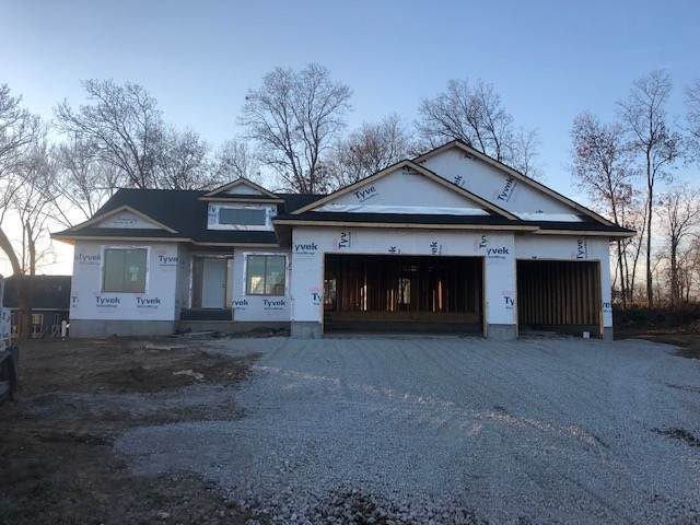 601 Deer View Ave, Tiffin, IA 52340 (MLS #202006888) :: Lepic Elite Home Team