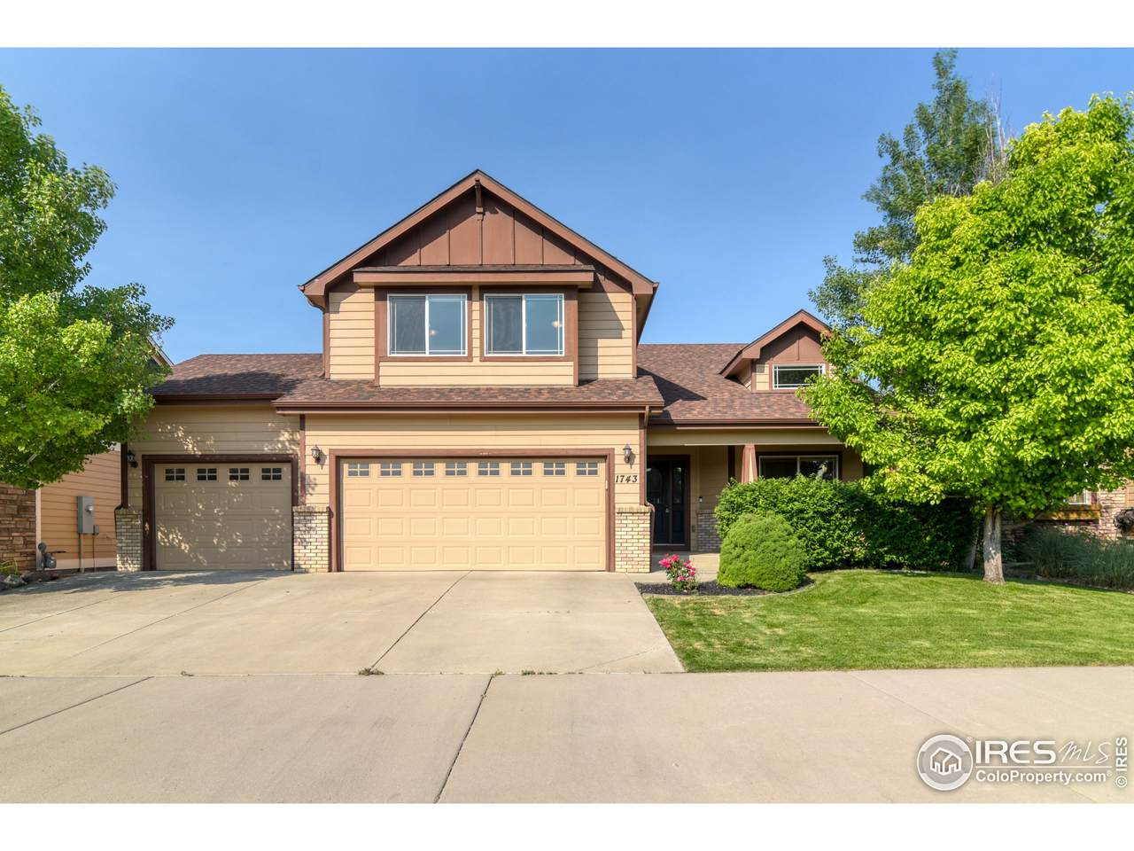 1743 Green River Dr - Photo 1
