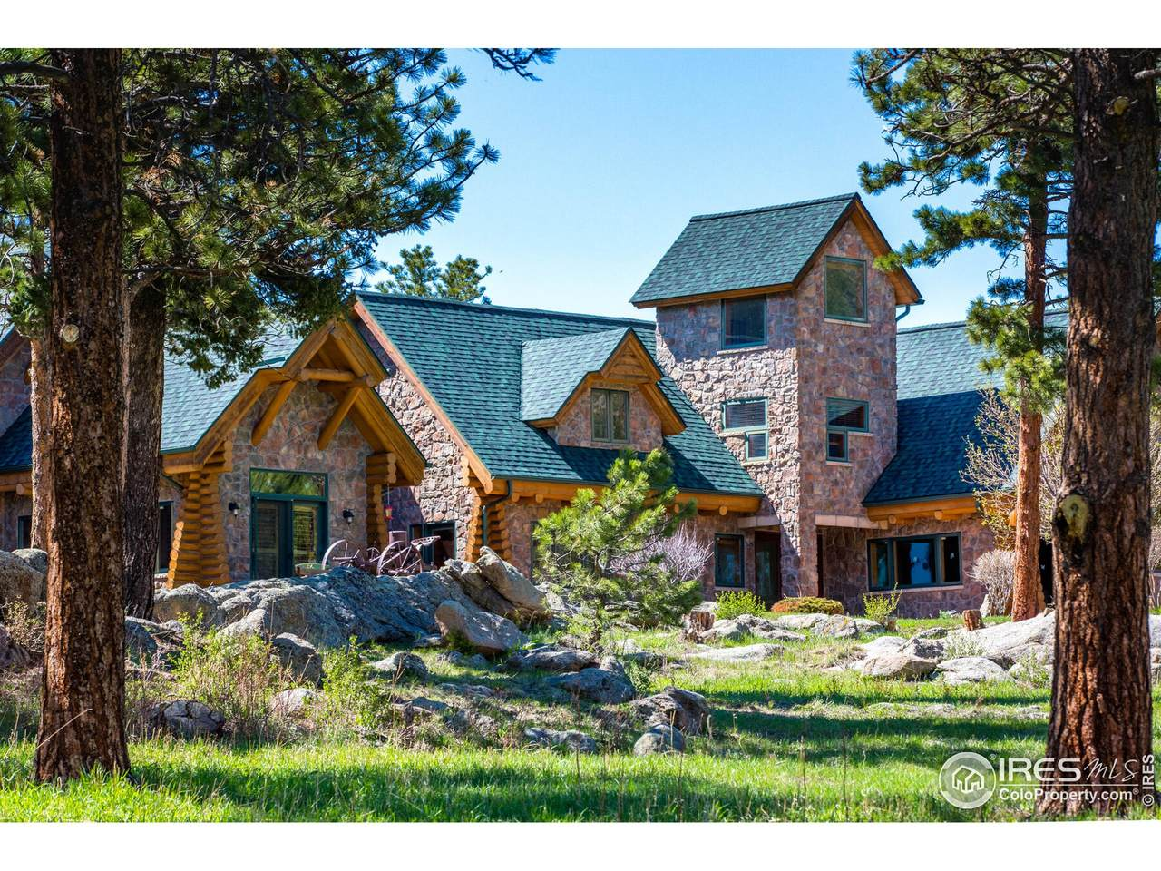 1260 Twin Sisters Rd - Photo 1