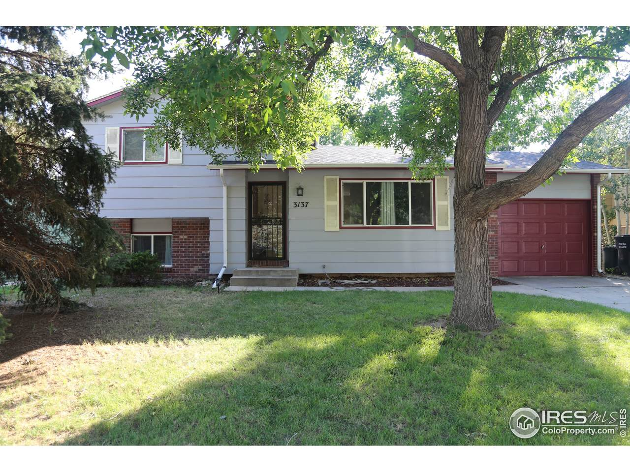 3137 19th Ave - Photo 1
