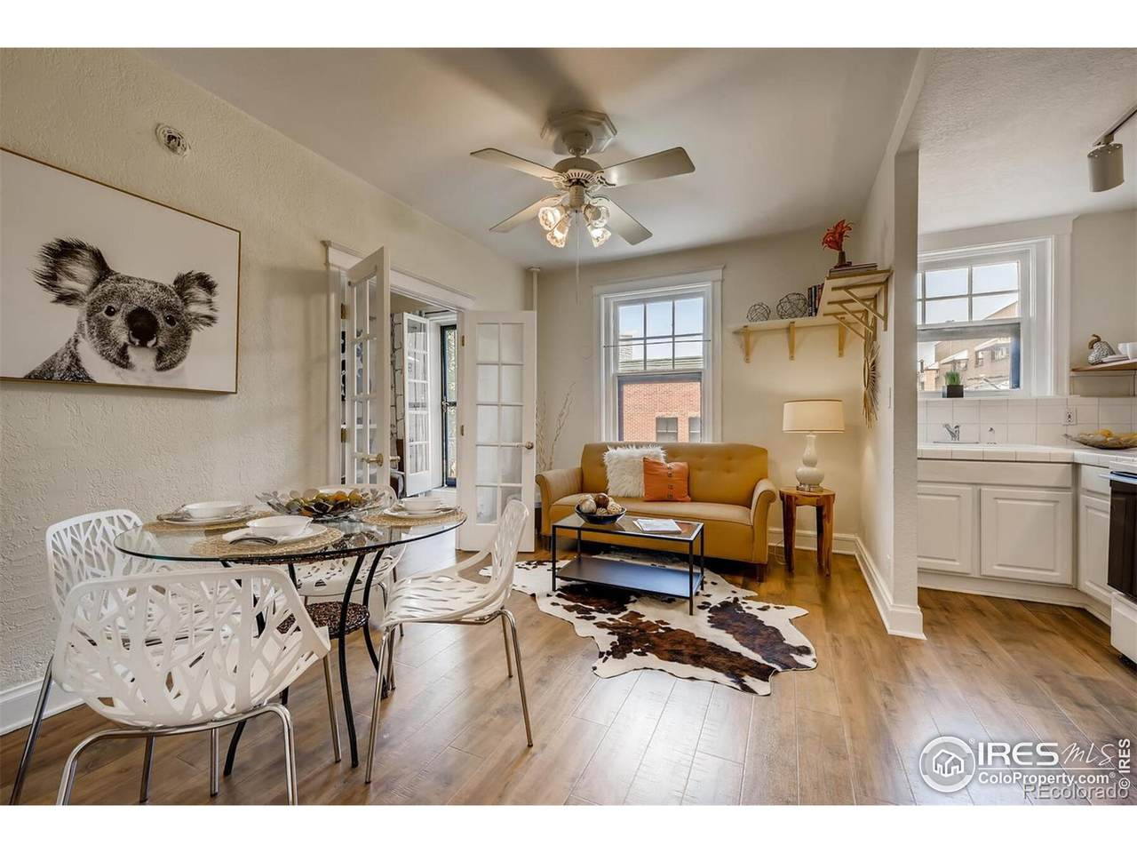 215 11th Ave - Photo 1