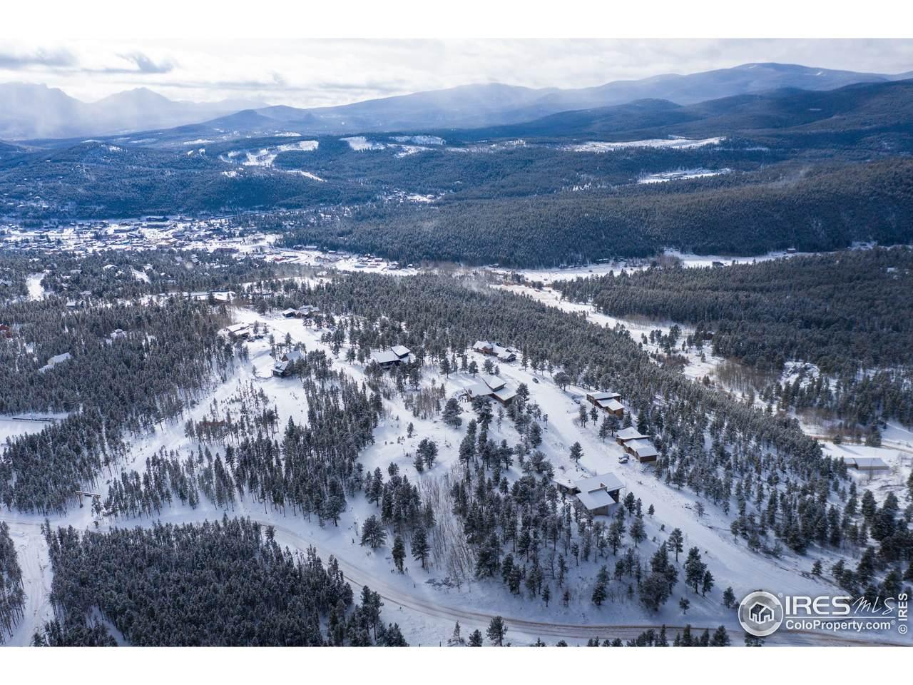 8 Caribou Ridge Dr - Photo 1