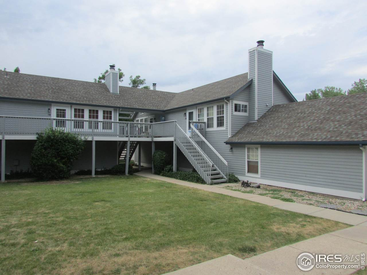1601 Swallow Rd - Photo 1