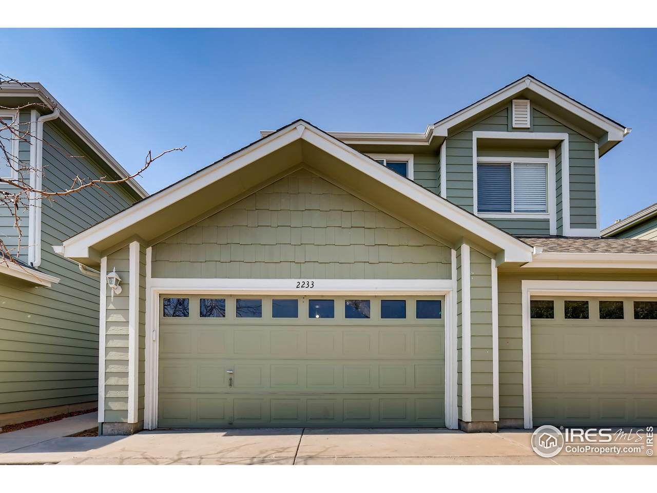 2233 128th Ave - Photo 1