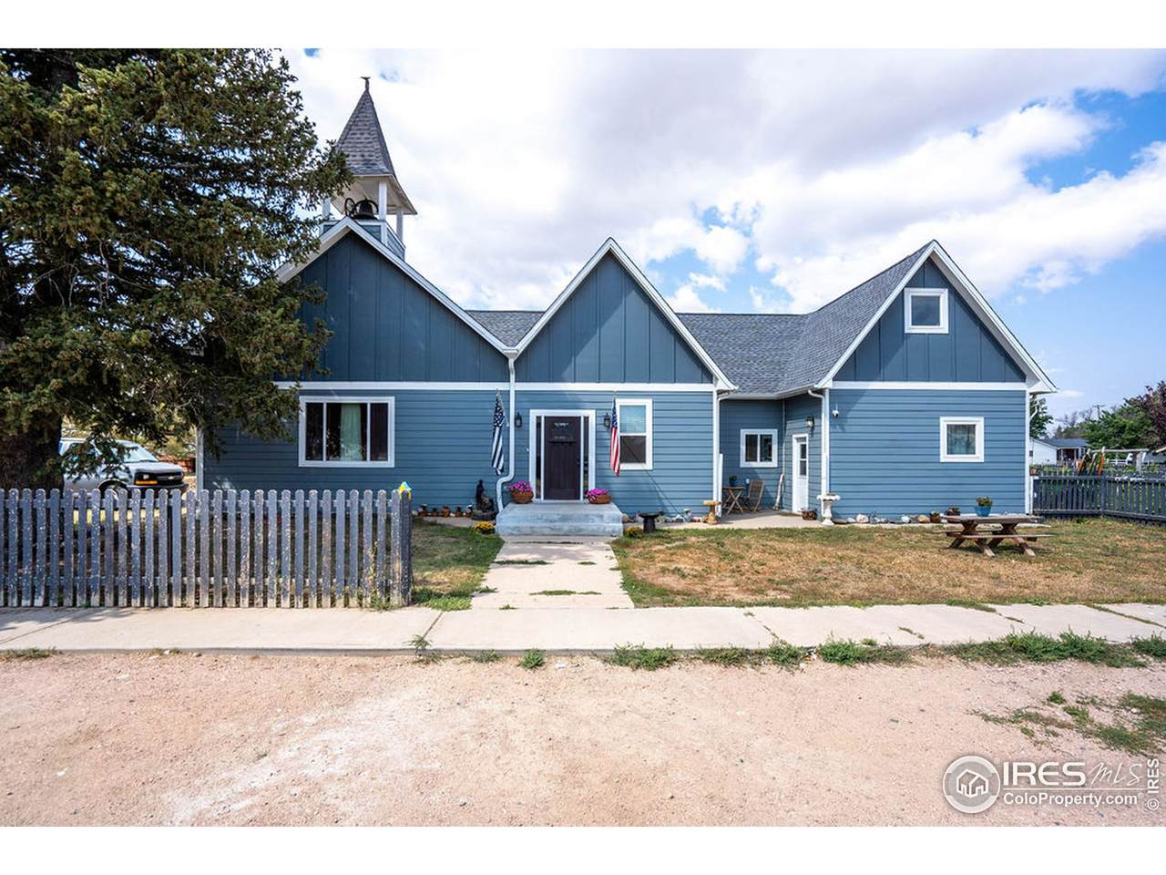 485 Lincoln Ave - Photo 1