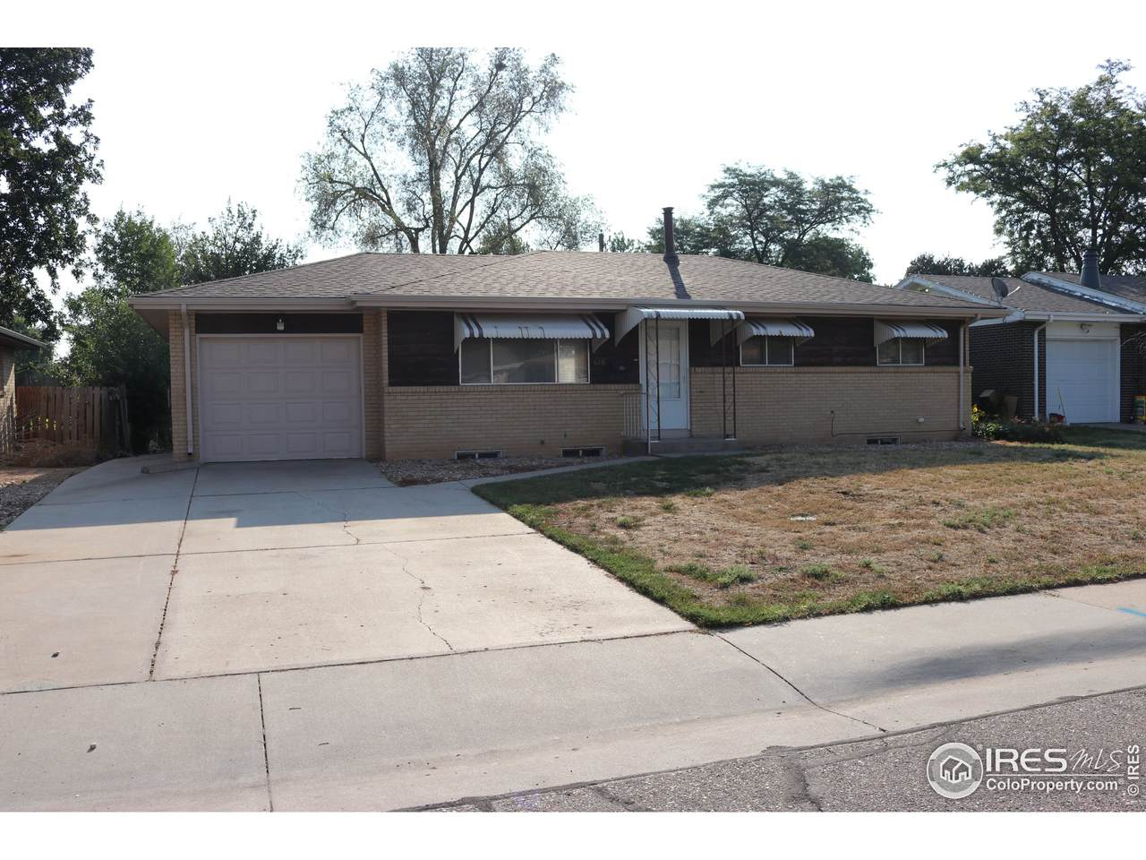 428 29th Ave - Photo 1