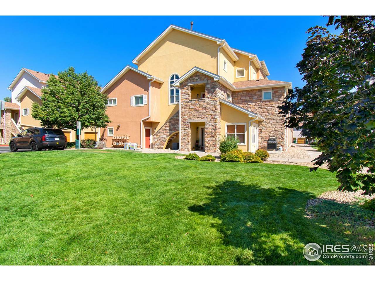 609 Lucca Dr - Photo 1