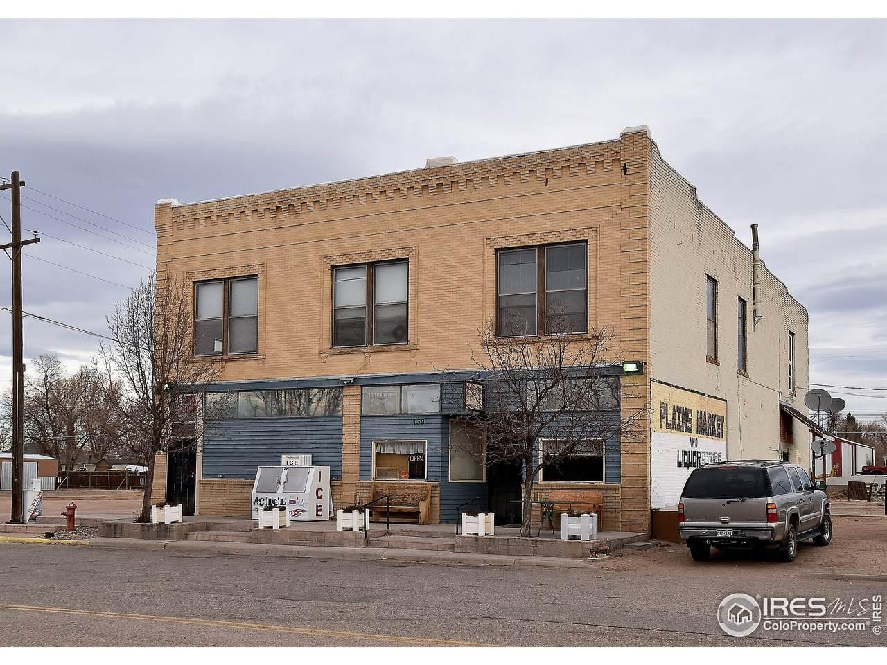 139 Main Ave - Photo 1