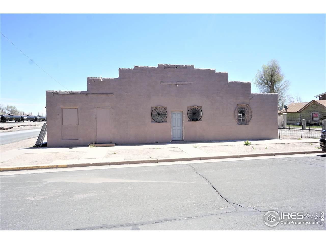 103 Colorado Ave - Photo 1