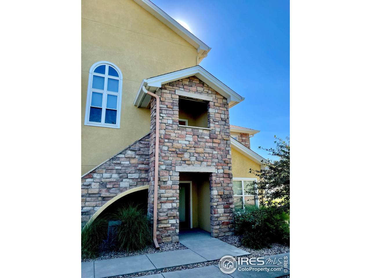 105 Lucca Dr - Photo 1