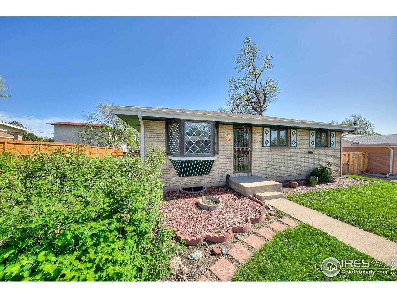 1041 103rd Ave - Photo 1