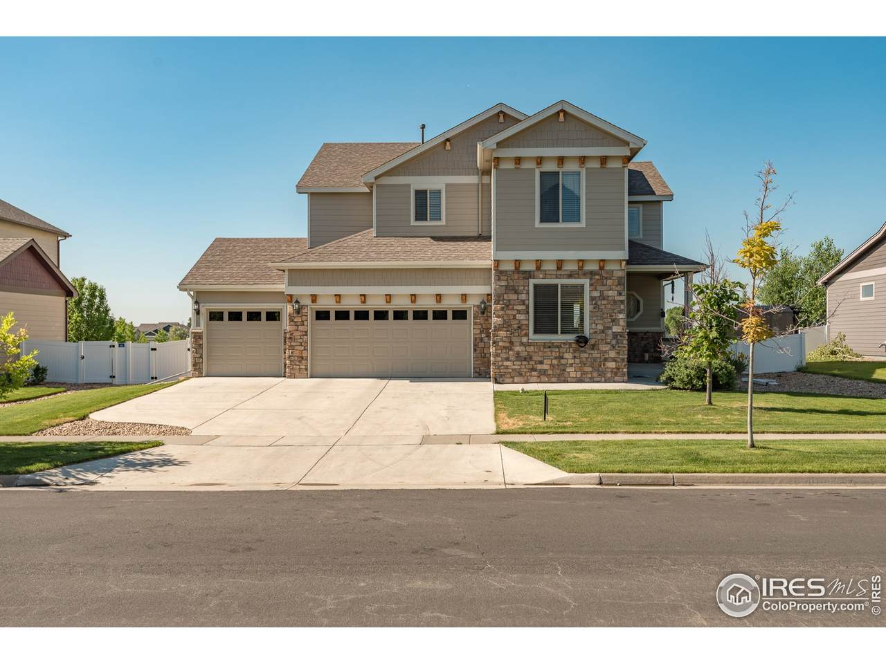 1705 Wales Dr - Photo 1