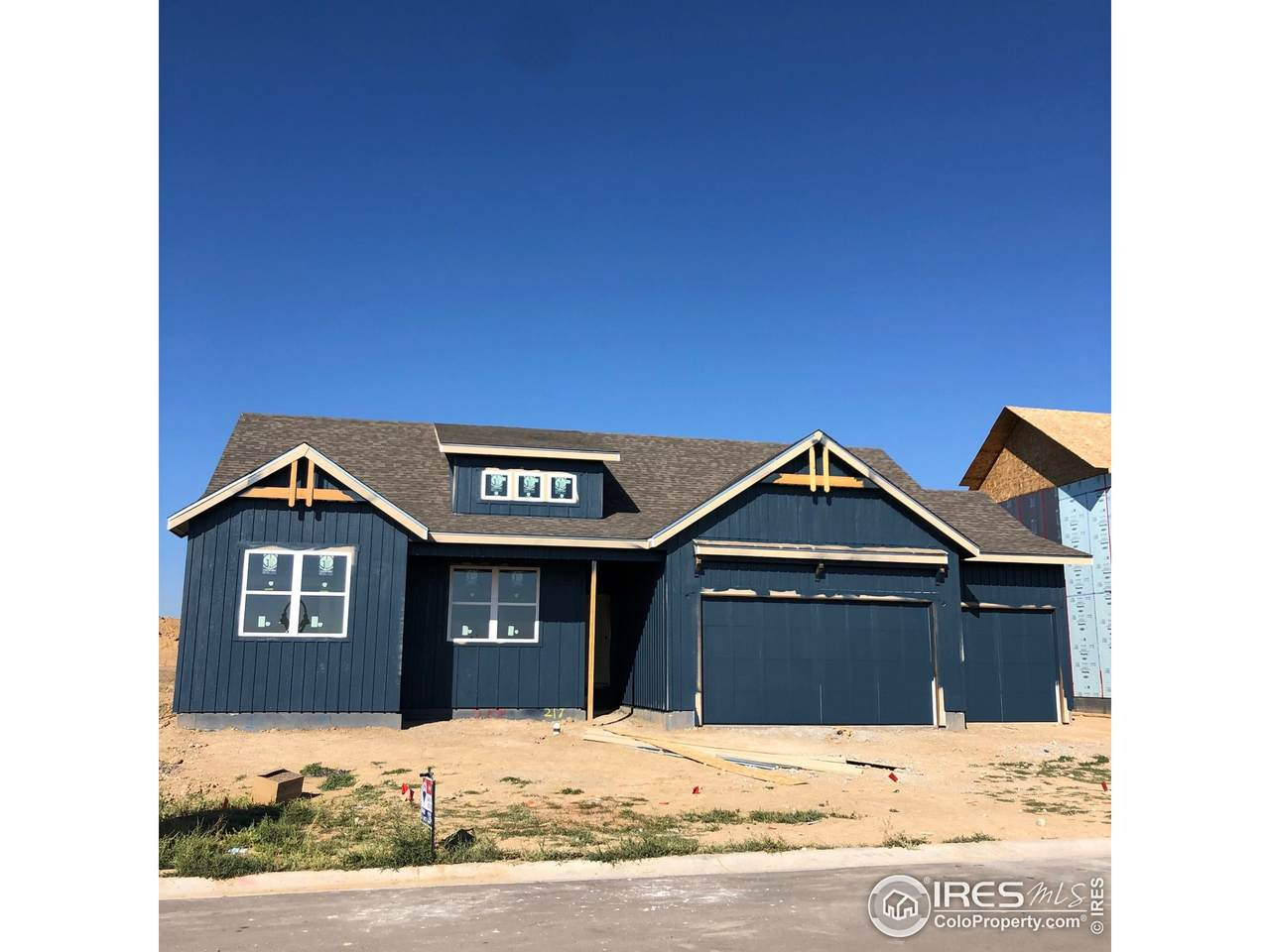 217 Cowbell Dr - Photo 1
